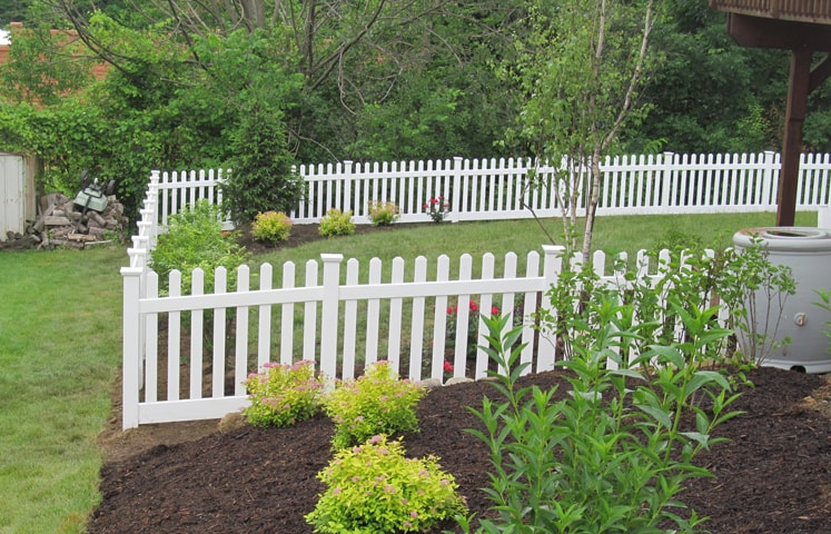 Straight Top Wide Picket Fence Contractor Mt Hope Fence