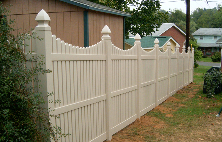 Scalloped Top Semi Privacy Fence Contractor Mt Hope Fence