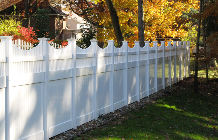 Scalloped Picket Top Solid Privacy Fence Mt Hope Fence