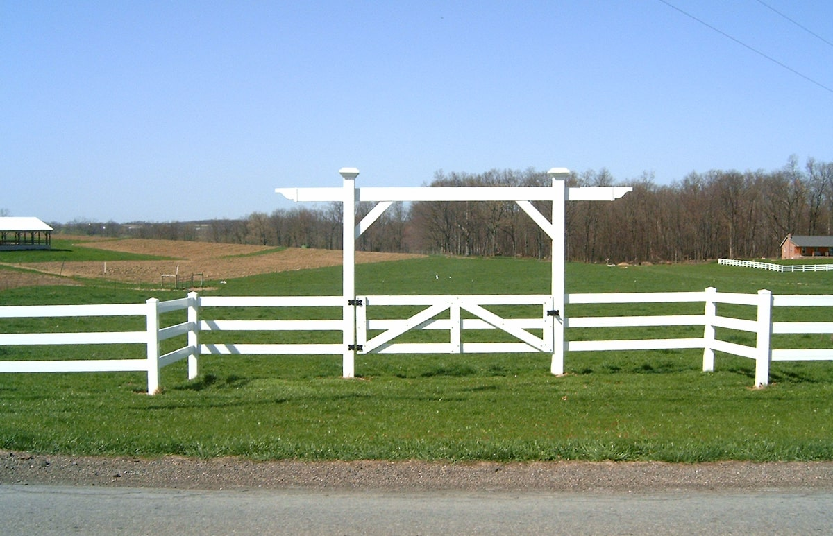 Three Rail Ranch Fence Contractor Mt Hope Fence In Ohio